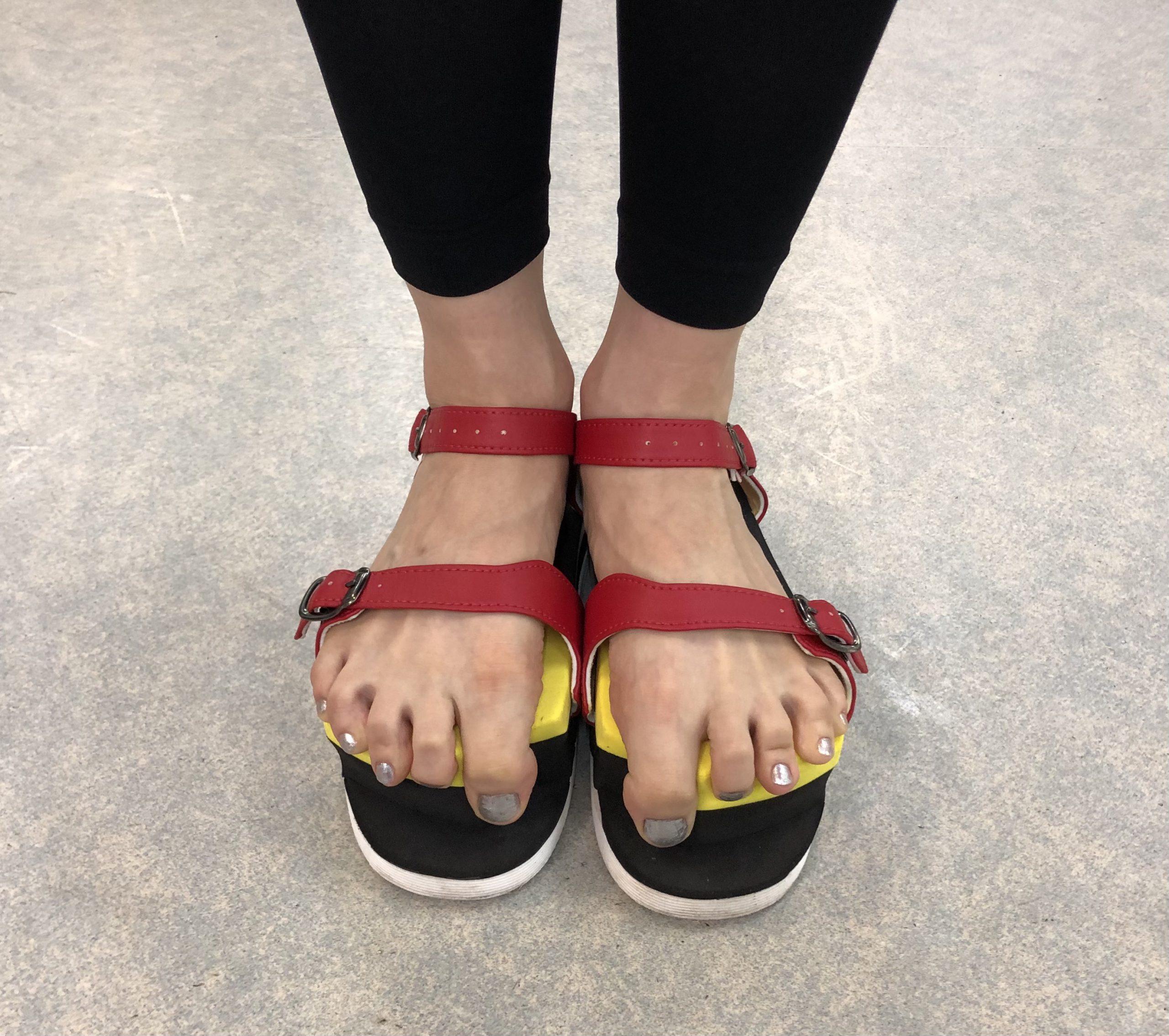 足趾把持力(足指握力)強化トレーニングサンダル「ワシーガトウズ」